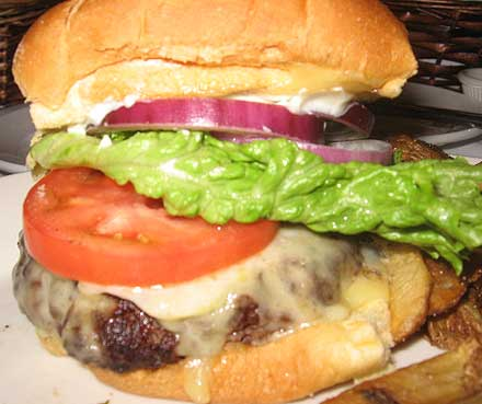 Charley's-Cheeseburger